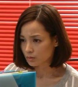 ブラックプレジデントのキャスト(秘書)国仲涼子の髪型がかわいい?